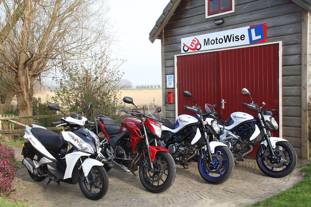 Motoren van rijschool MotoWise
